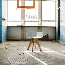 tpk-proart-iskusstvenniy-kamen-na-zakaz-spb-lg-hi-macs-stool-003
