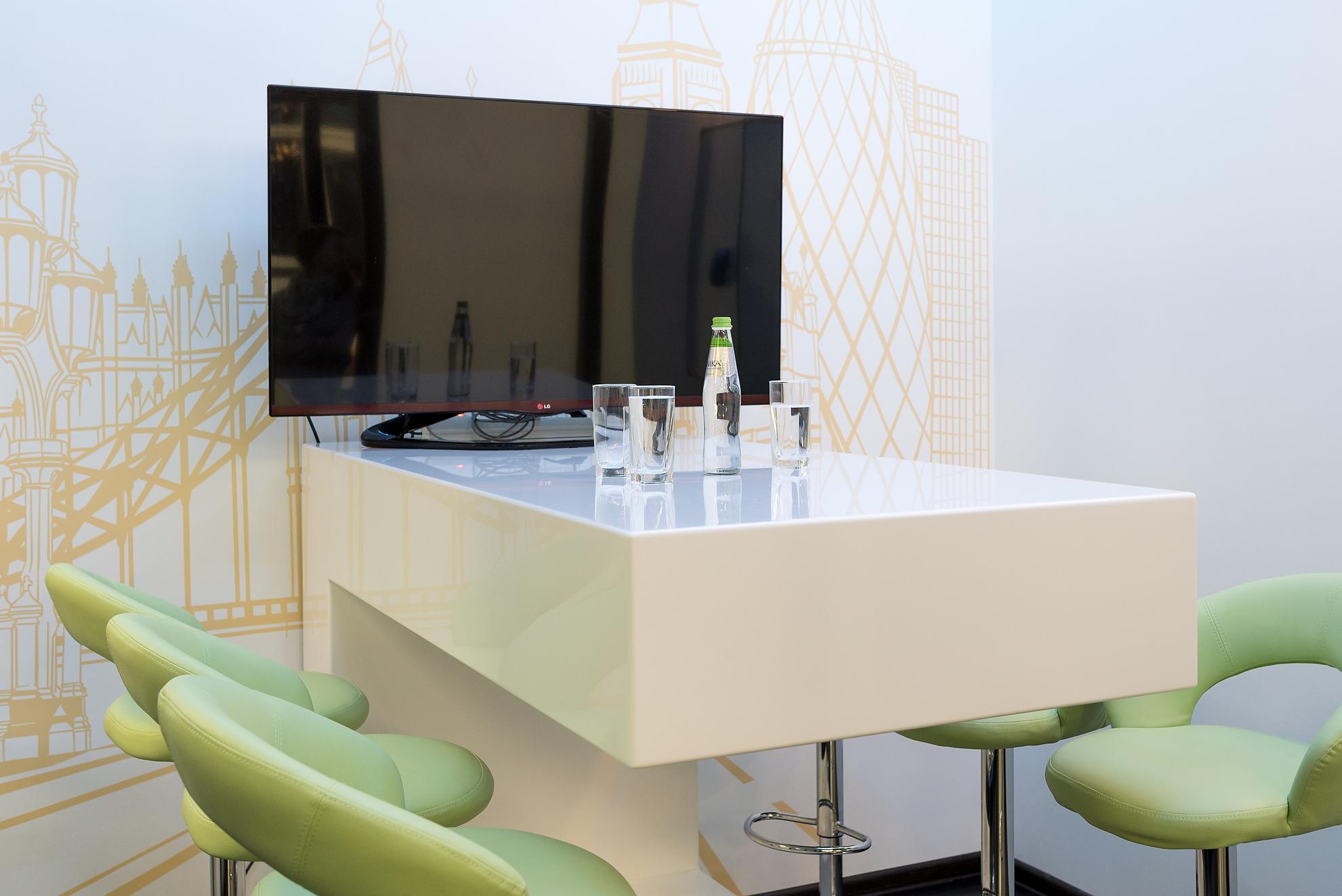 Proart. Изделия из искусственного акрилового камня для компании Hospital Technic в Санкт-Петербурге