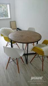 круглый столик на основе металлокаркаса